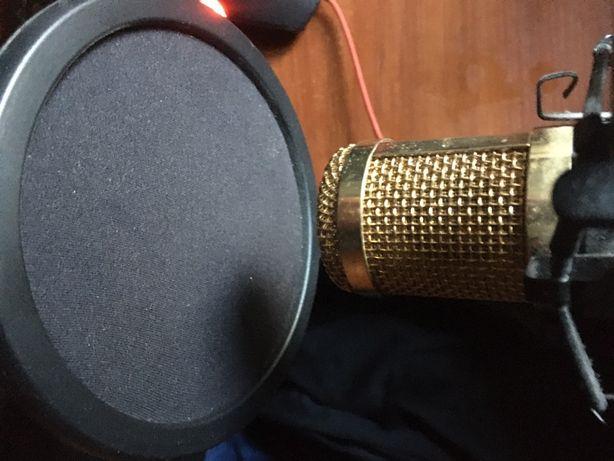 Настольный , студийный микрофон