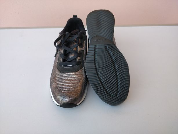 Sapatilhas Skechers Prateadas tam. 39