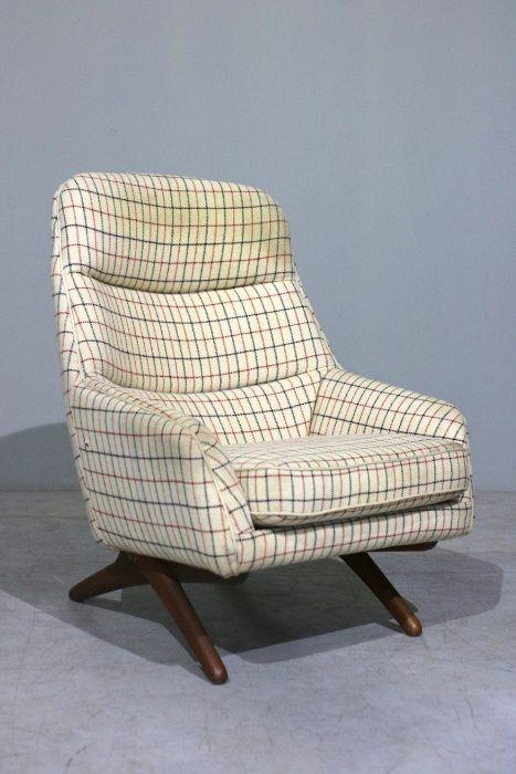 Poltrona Illum Wikkelso + Pousa pés  Ottoman chair  Retro Vintage Balazar - imagem 1
