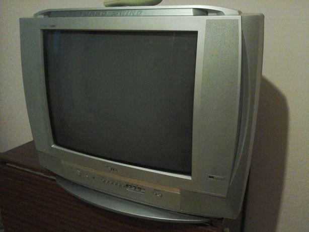 Телевизор LG Turbo Swing , RT -21CA80VE.+видеомагнитофон