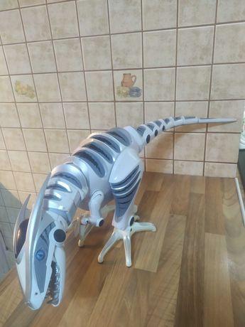 Dinozaur, robosaur