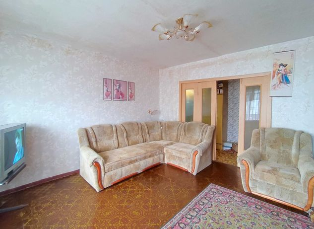 Продам 3-ком. квартиру в лучшем месте ж/м Тополь 2.  Хорошая цена. VIP