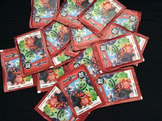 18 carteiras de cromos por abrir de Angry Birds