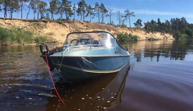 Продам лодку Неман-2 (мотор Mercury40) с лафетом
