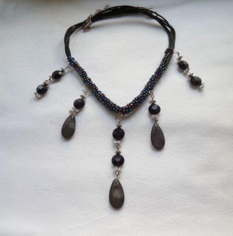 Колье (ожерелье) из бисера