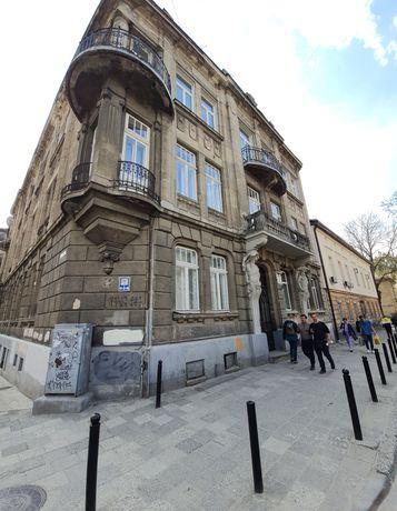 Продаж квартири 3 кімнати в Центрі Австріяк