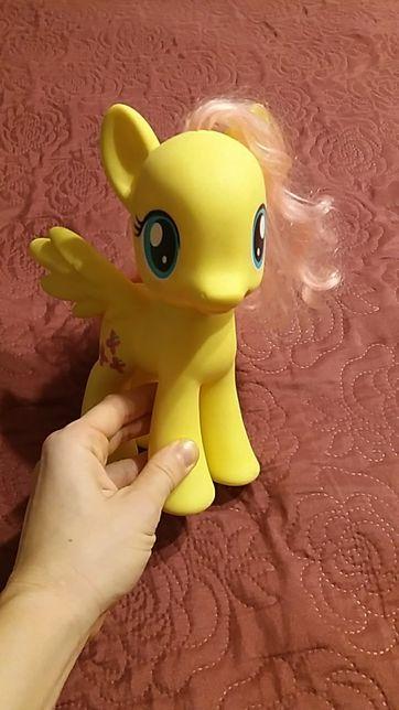 Kucyk pony duży hasbro Fluttershy