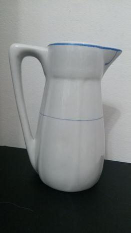 Jarro antigo ou leiteira da fabrica Artibus