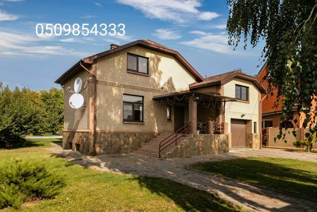 Красивый,жилой дом 300 м2 в коттеджной застройке на Лысой горе