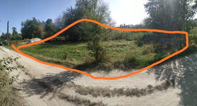 Земельна ділянка в Опришівцях