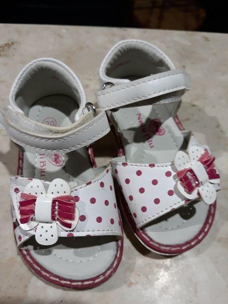 sandalki 20 skórzana wkładka ccc nelli blu 20 sandałki 20 buty 20