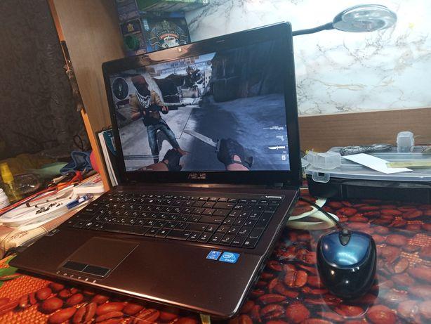 Ноутбук Asus k53s ОЗУ 4 Гб / Nvidia Geforce 610m 2 Гб / HDD 500 Гб