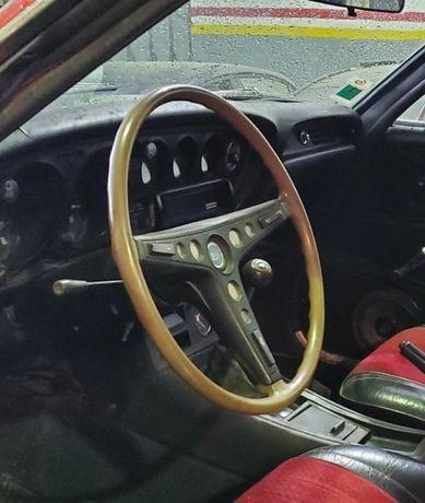 Toyota Celica ta22 volante