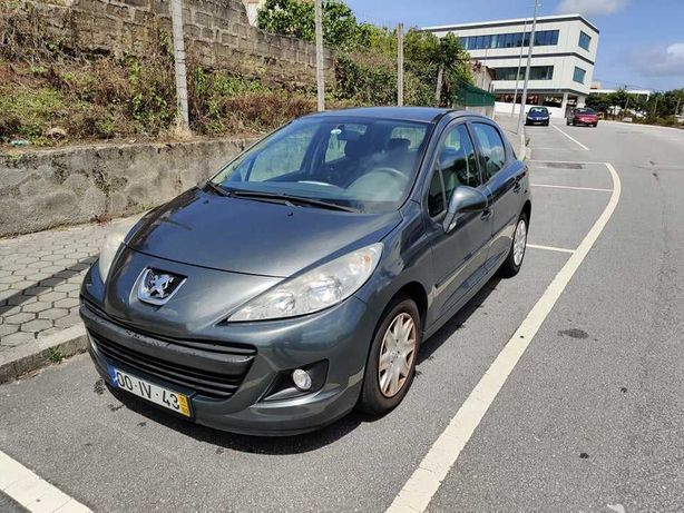 Peugeot 207 1.4 c/ 87.500km (2010)