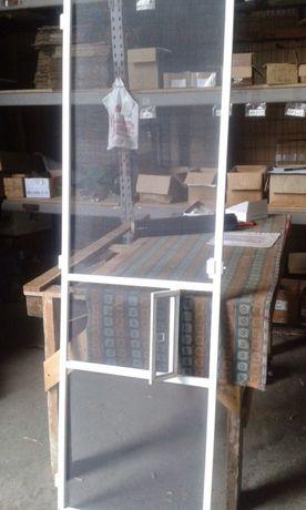 Ремонт и регулировка окон,москитные сетки,тканевые ролеты