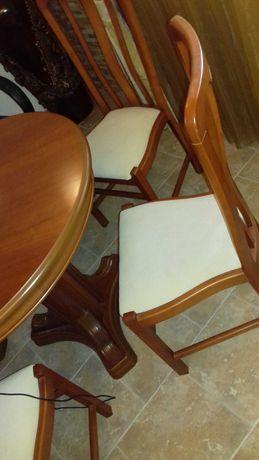 Vendo mesa sala c/ cadeiras