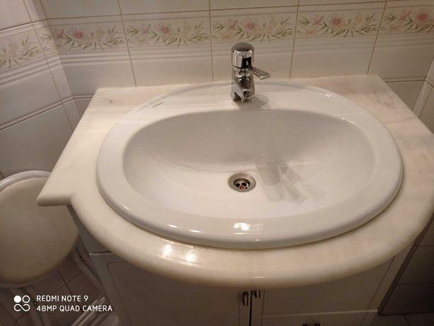 Vendo Móvel WC com lavatório e torneira