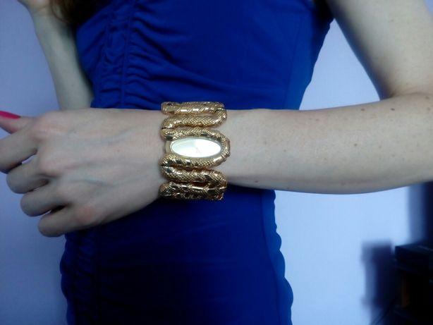 Часы - браслет Roberto Cavalli оригинал.