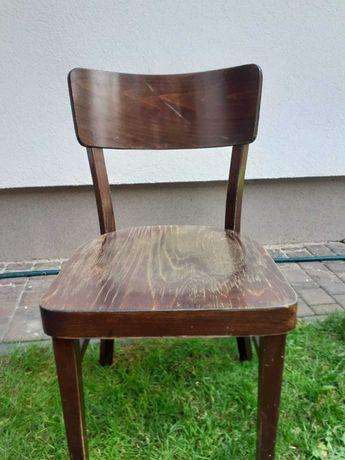 Stare drewmiane krzesło