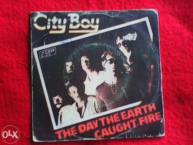 City Boy - vinil single