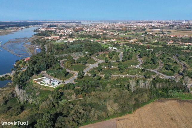 Lotes de terreno para construção de moradias M3 e M4, Valenta Village