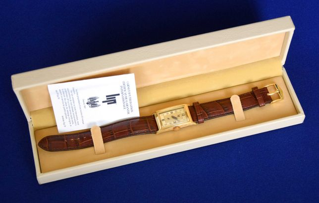 """Relógio """"LIP T18"""" modelo oferecido por De Gaulle a Churchill"""