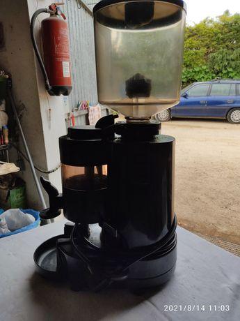 Moinho de café . ou descafeinado industrial