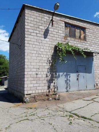 Продам капитальный двухэтажный гараж