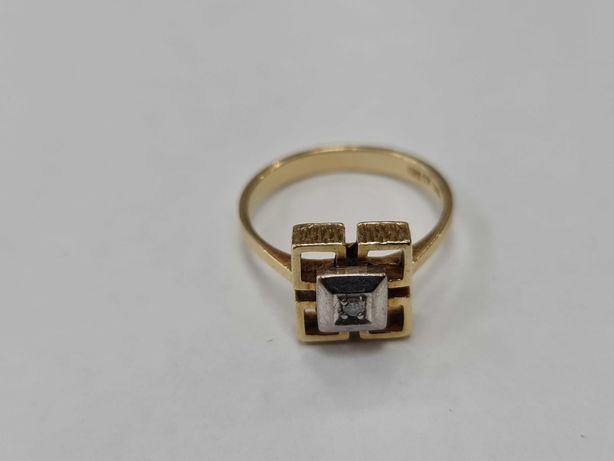 Wyjątkowy złoty pierścionek damski/ 585/ 3.90 gram/ R16/ Brylant