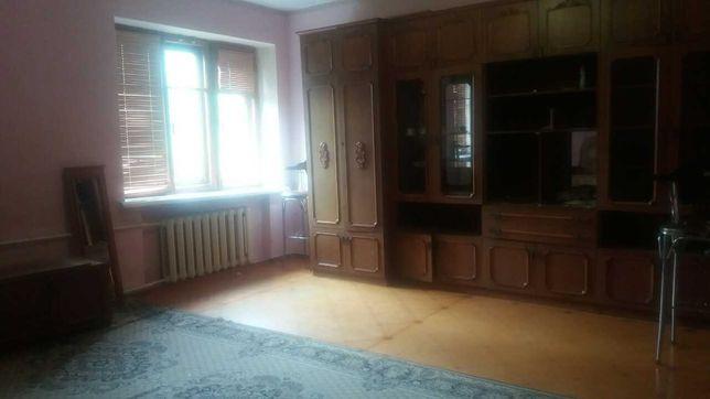 Продам велику 2х.кім.62 кв.м,по вул.Соборна РУМ,