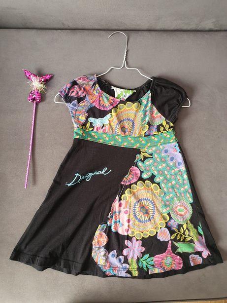 Sukienka firmy Desigual krótki rękaw