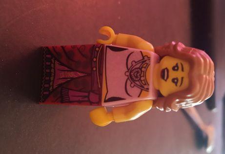 Unikat LEGO hippisi