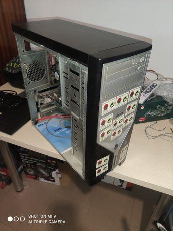Komputer stacjonarny C2D E8500