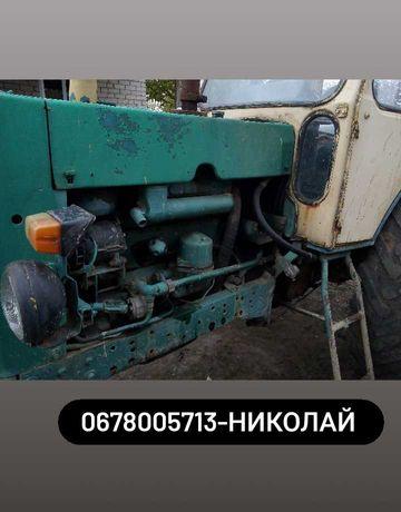 Трактор ЮМЗ-6 в хорошем состоянии