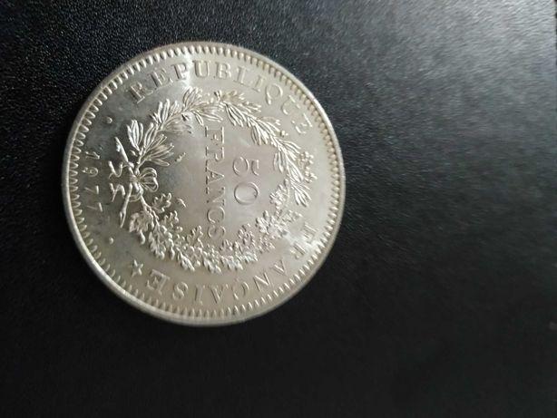 Moeda antiga de 50 francos nova.