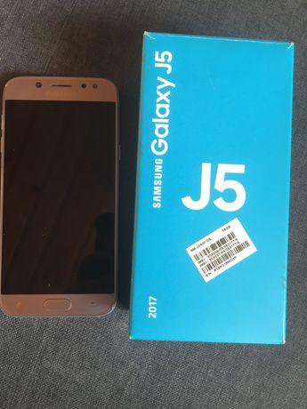 Sprzedam Samsunga J5