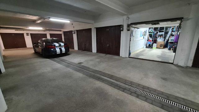 Garaż pod budynkiem 22,91 m2, extra długi