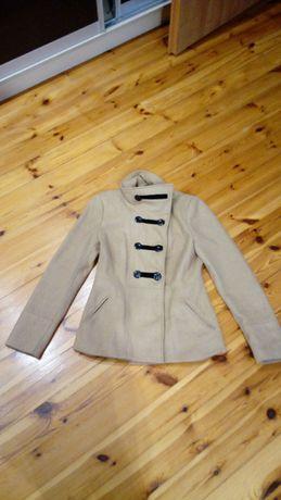 Sprzedam kurtkę Top Secret w stanie idealnym