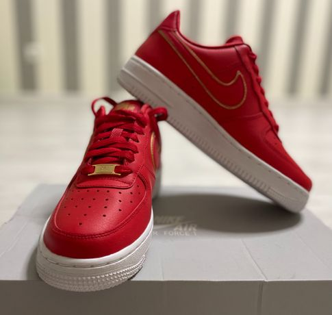 Кроссовки Nike Air Force 1 07 ess