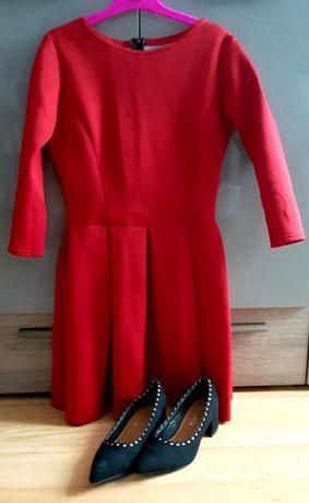 Czerwona sukienka z pianki rozkloszowana elastyczna S 36
