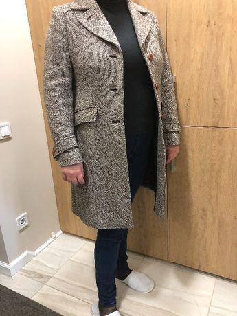 Продам итальянское пальто Elizabeth Ascot
