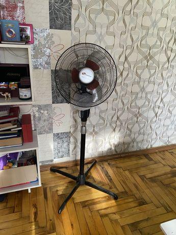 Вентилятор напольный binatone