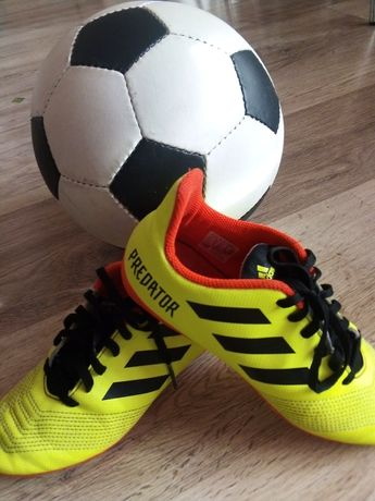 Бутсы для футбола adidas
