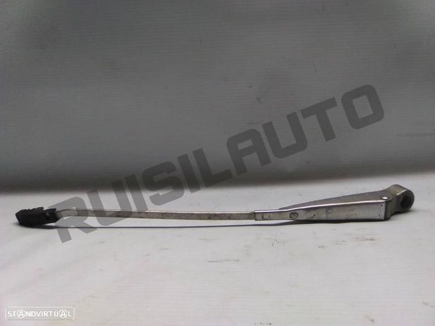 Braço Limpa Vidros Frente Esquerdo Nissan Datsun 120 Y 1.2 (b2