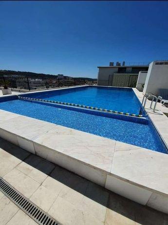 Apartamento T1_Costa Caparica em frente à praia com piscina