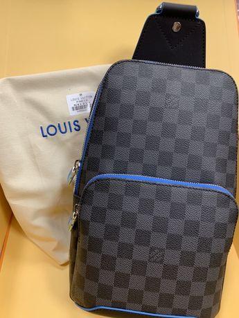 Продам чоловічу сумку Louis Vuitton