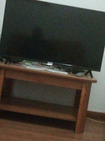 Tcl android TV 40 polegadas 100 cm