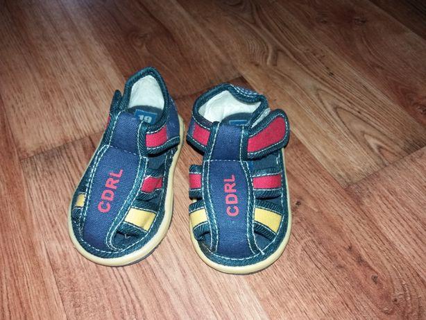 Sandałki Cdrl rozmiar 19