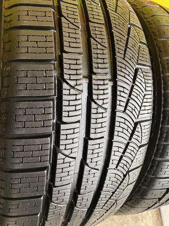 Pirelli Winter Sottozero 245/35 R19 93W