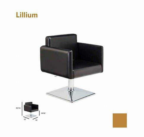 """Cadeira """" Lillium """" NOVA"""